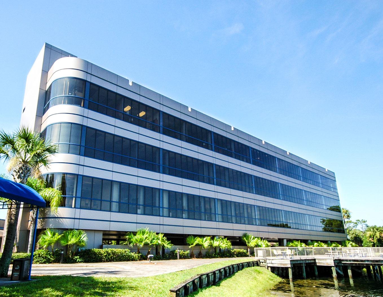LAKESIDE-BUILDING_JACKSONVILLE,-FL